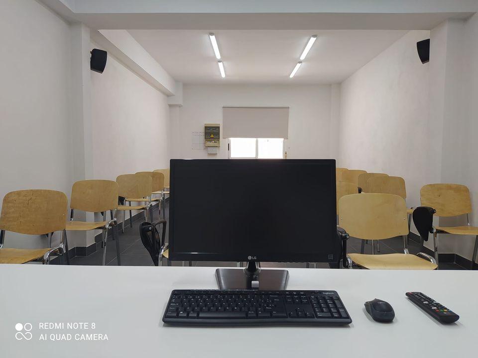 Instalación Aula multimedia 1